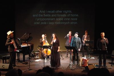 Semer Label Reloaded kallade Alan Bern och hans grupp sitt framförande. Känsloladdad musik av Paul Brody, Mark Kovnatskiy, Martin Lillich, Sveta Kundish, Fabian Schnedler och Lorin Sklamberg. Texten syns på skärmen bakom gruppen.