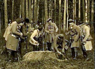 """""""Det var min kula!"""" Ur filmatiseringen av Pan Tadeusz från 1928."""