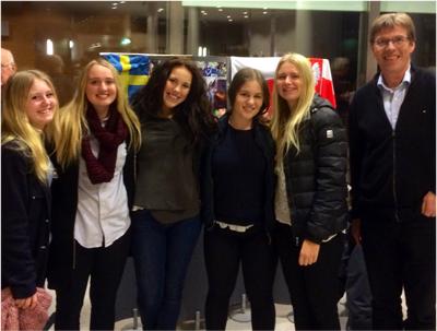 Emelie Jacobsson, Linnéa Pettersson, Maja Pettersson, Anna, f.d. elever på Högbyskolan Hemse.  Foto: Maciej Onoszko.