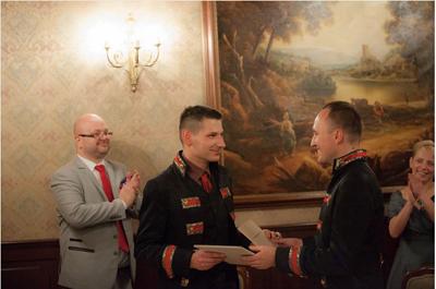 Bröllop i Kraków. Bild: Facebook.