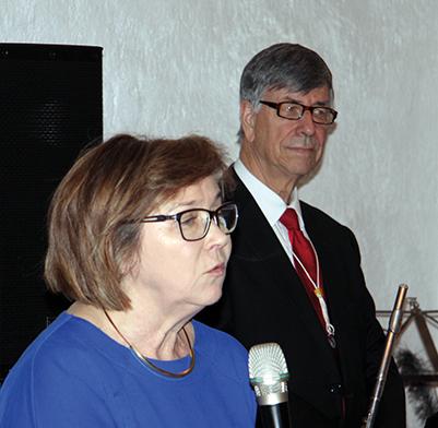 Översättaren Eva Gruczyńska och Anders Öman deltog i musikinslaget.