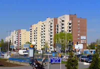 Regeringen vill bygga nya billiga lägenheter. Foto: Zdzisław Adam Niedźwiecki, wikipedia.