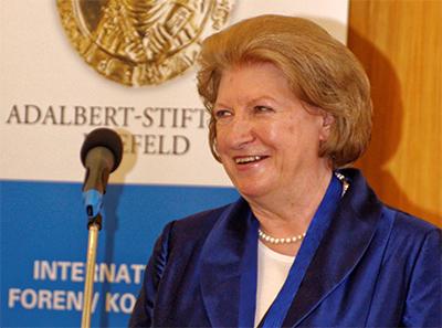 Hanna Suchocka, juridisk expert, f.d premiärminister, idag vice ordförande i Venedigkommissionen.