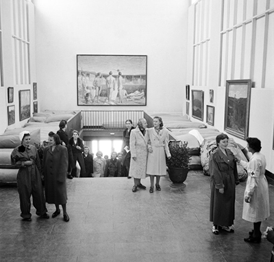 Malmö museum blev flyktingförläggning. foto: Malmö museum.