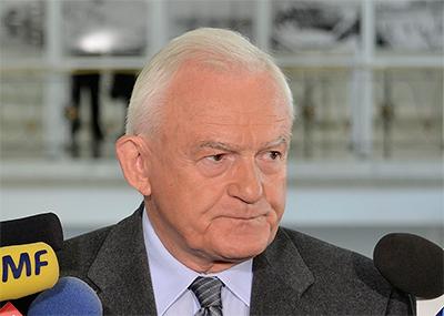 Warszawa torsdag presidenten rord och skakad