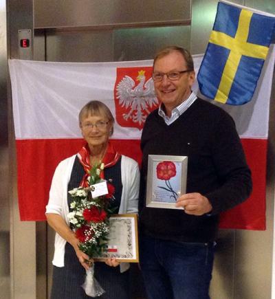 Årets Polenvän – Clary Winberg och ordföranden Maciej Onoszko.  Foto: Per-Ove Söderström.