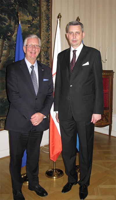 Peter Eklund träffade Polens nya ambassadör i Sverige, Wiesław Tarka. Foto: Klementyna Mateja.