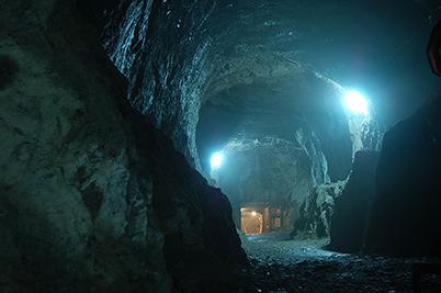 En av tunnlarna i Riesen Projekt. Bild. wikipedia.