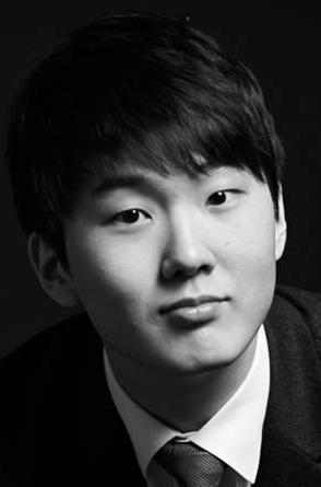 Vinnaren i Chopintävlingen Seong-Jin-Cho. Foto: Facebook.