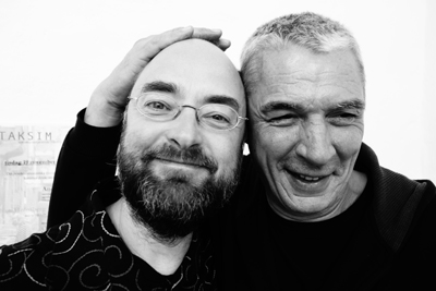 Översättaren Tomas Håkansson och författaren Andrzej Stasiuk.  Foto: Ola Wallin.