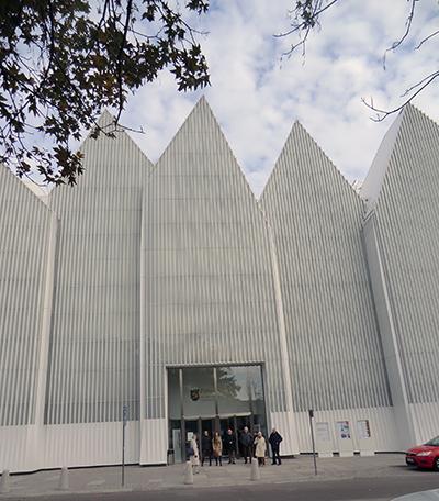 Den nya konserthallen, som förra året vann EUs prestigfyllda Mies van der Rohe-pris . Foto: Gunilla Lindberg.