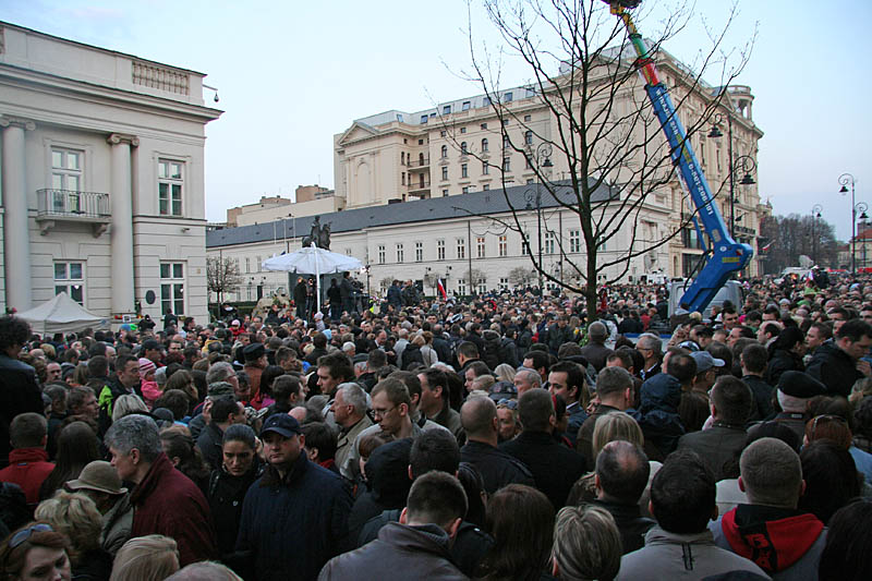 Warsaw bids farewell of President Lech Kaczynski_1